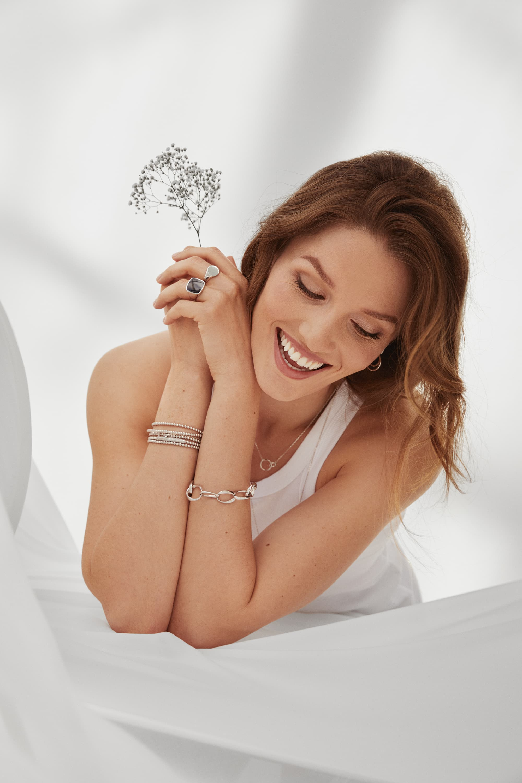 Ida Bjørvik – Thune Jewelry