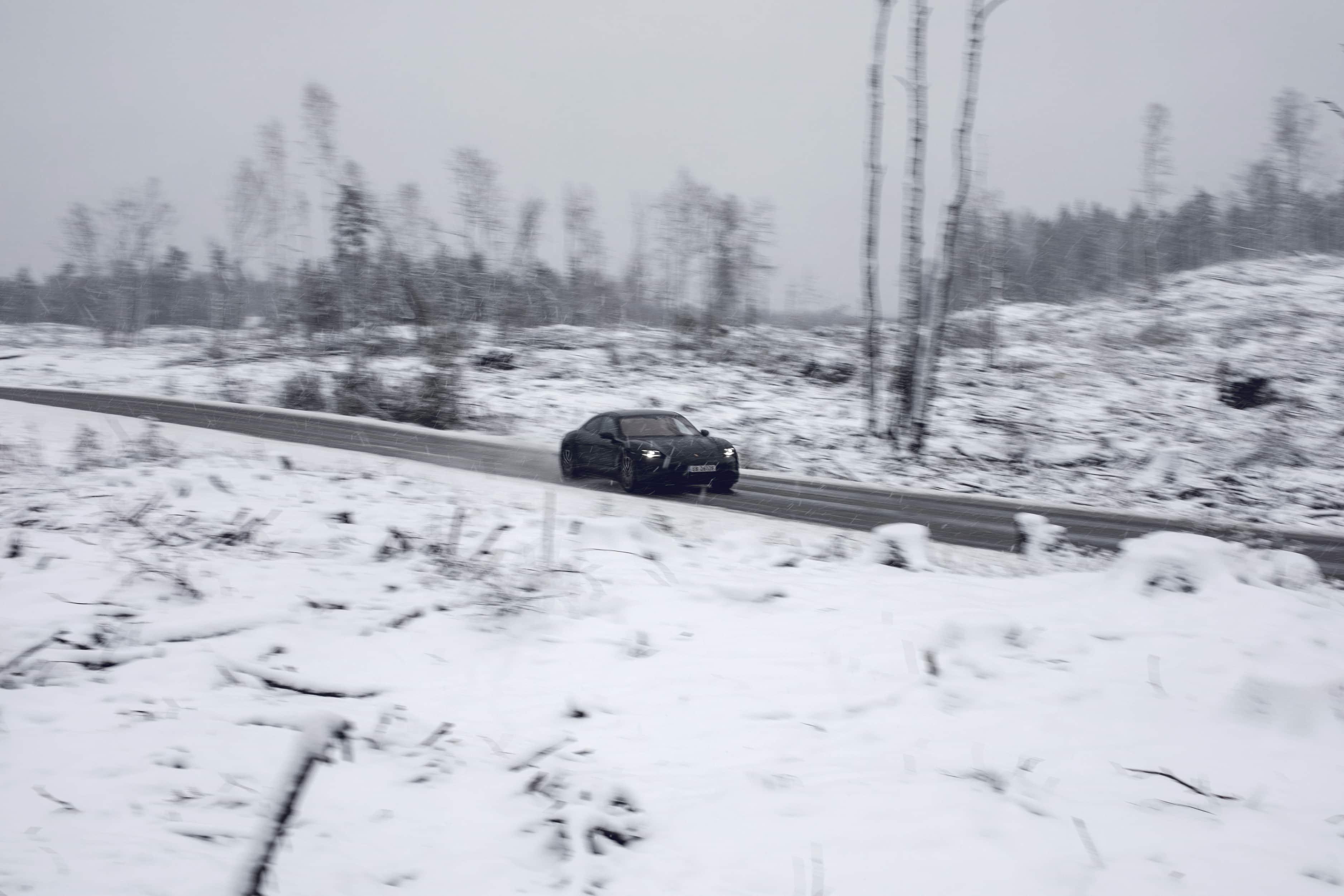 Kimm Saatvedt – Aksel Lund Svindal for PORSCHE